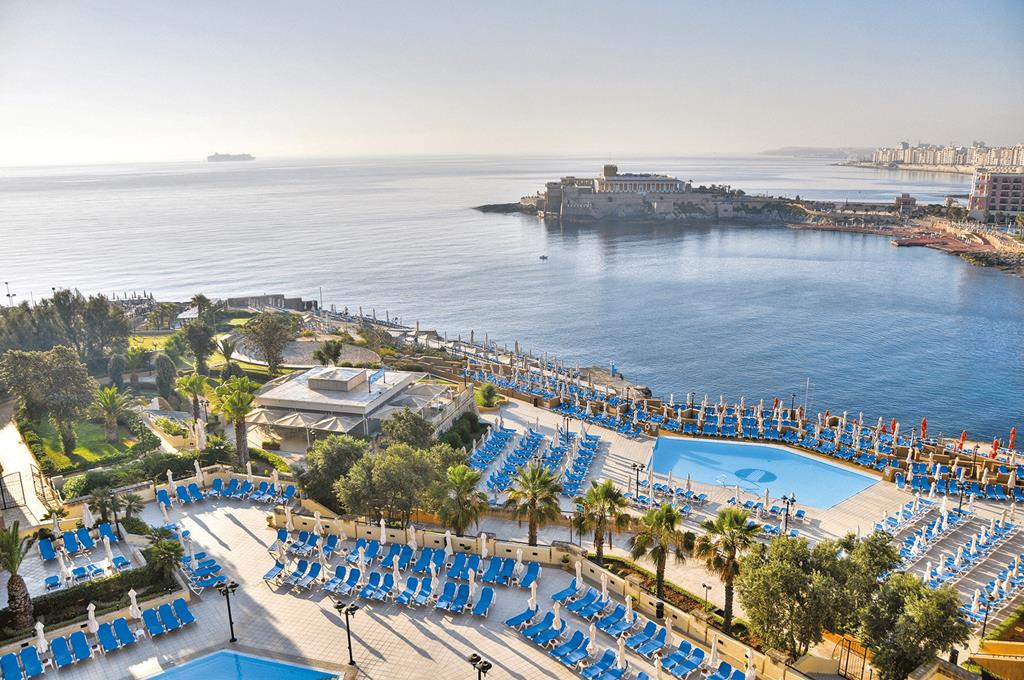 Hotel Marina Corinthia Beach Resort 1