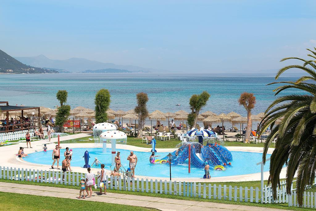 Hotel Messonghi Beach Holiday Resort 4