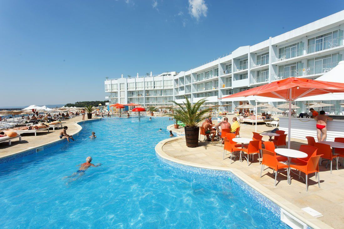 Hotel Dolphin Marina Grand Varna Resort 1