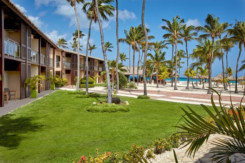 Hotel Manchebo Beach Resort