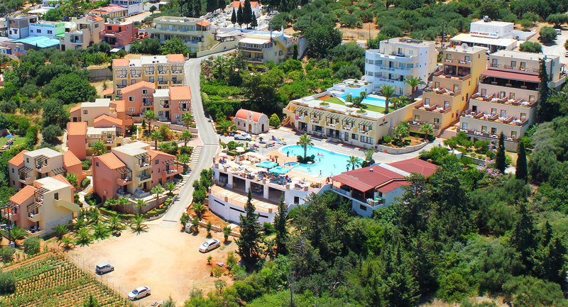 Hotel Asterias Village Resort