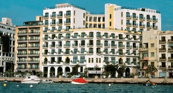 Hotel The Waterfront 2