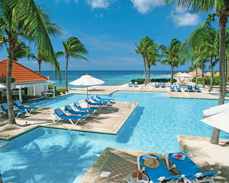 Hotel Curacao Marriott Beach Resort en Emerald Casino