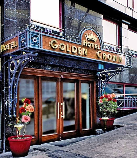 Hotel Golden Crown