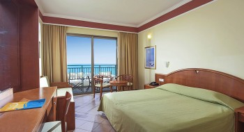 Hotel Hydramis Palace Beach Resort 4