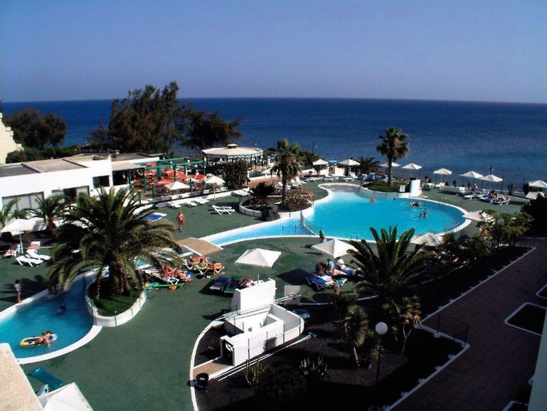 Apartotel Blue Sea Costa Teguise Beach