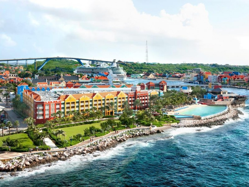 Hotel Marriott Renaissance Curacao Resort En Casino 1