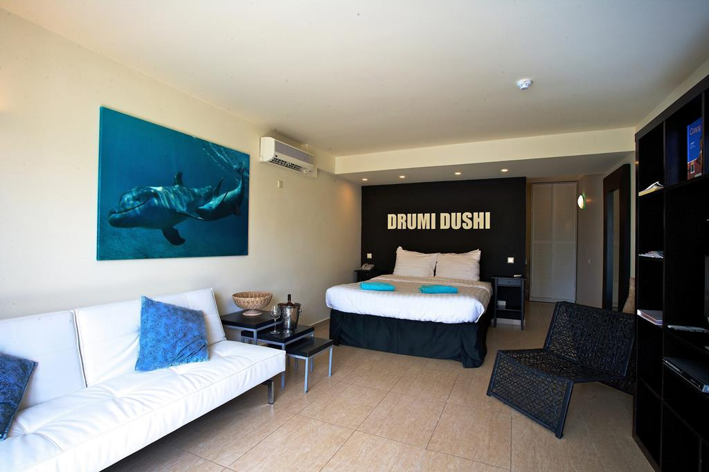 Hotel Dolphin Suites 4