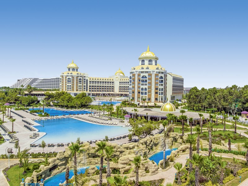 Hotel BE Grand Resort