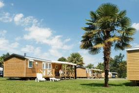 Camping Domaine Des Ormes 3