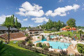 Camping Domaine Des Ormes 2