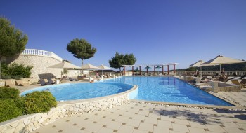 Hotel Mabely Grand 4