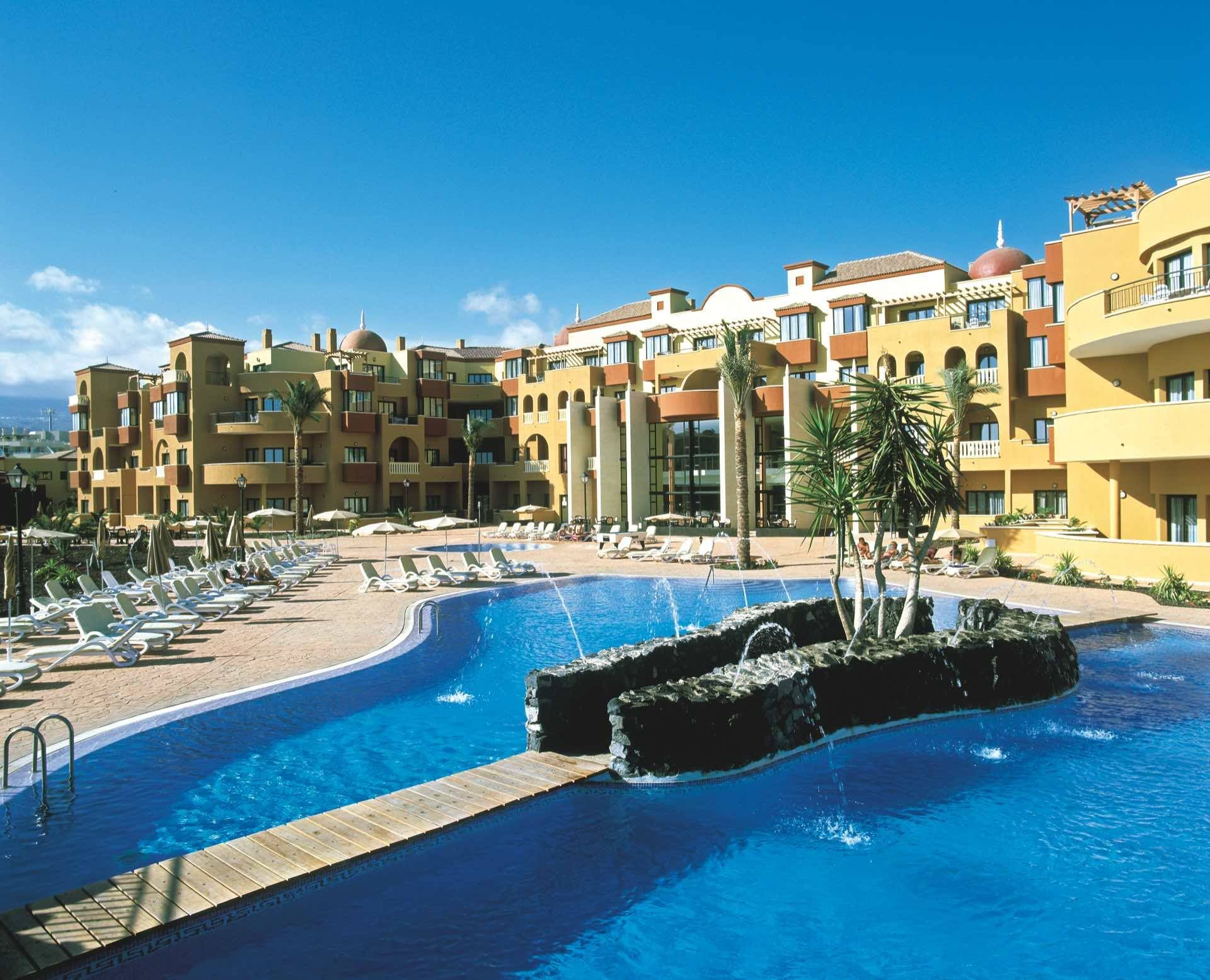 Apartotel Grand Golf Plaza and Spa