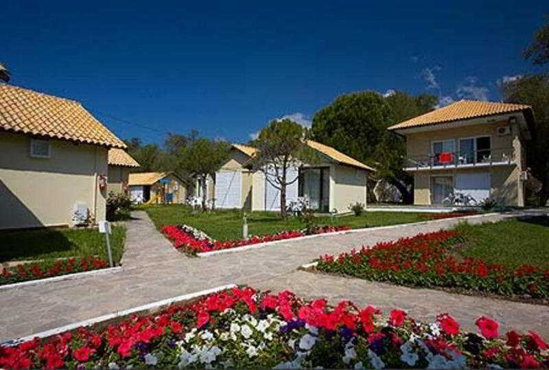 Bungalow Parga Beach Resort