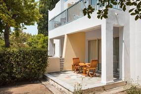 Apartotel Paphos Gardens Holiday Resort 4