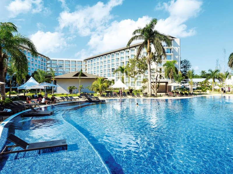 Hotel Royalton White Sands 1