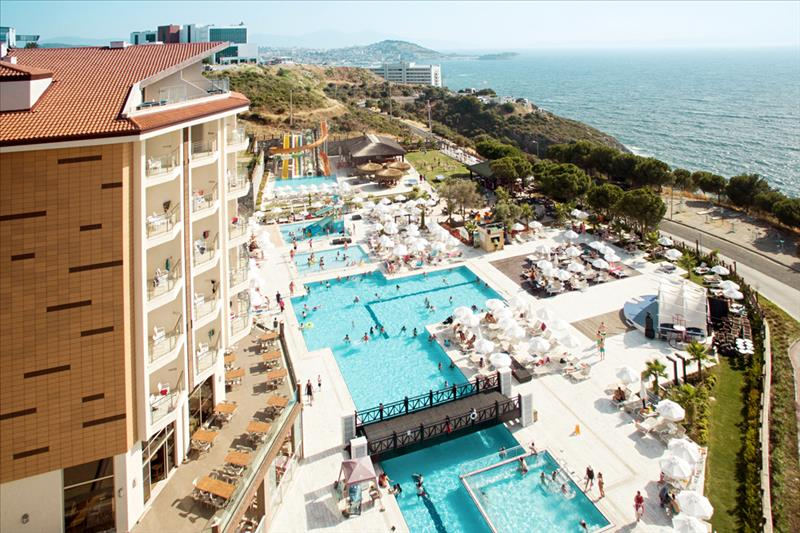 ramada resort kusadasi en golf