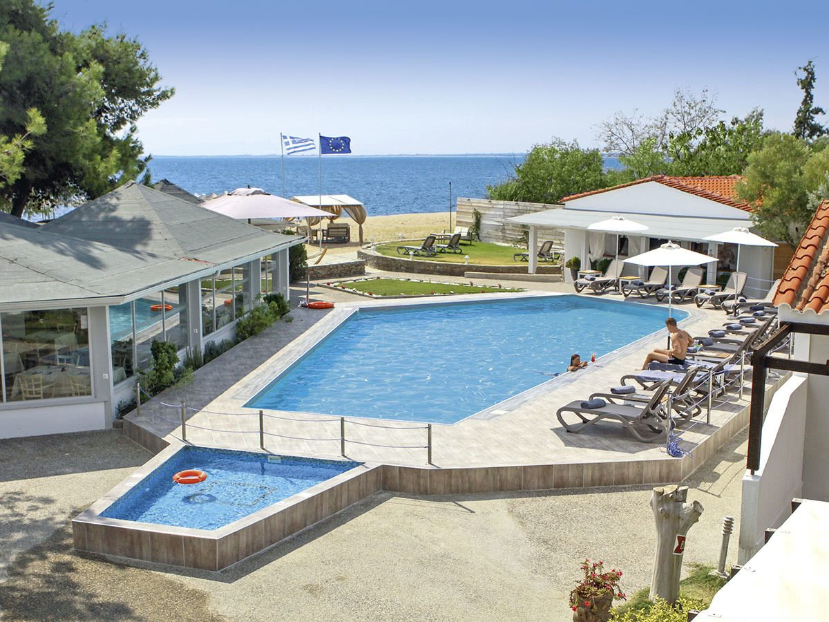 Hotel Coral Blue 1