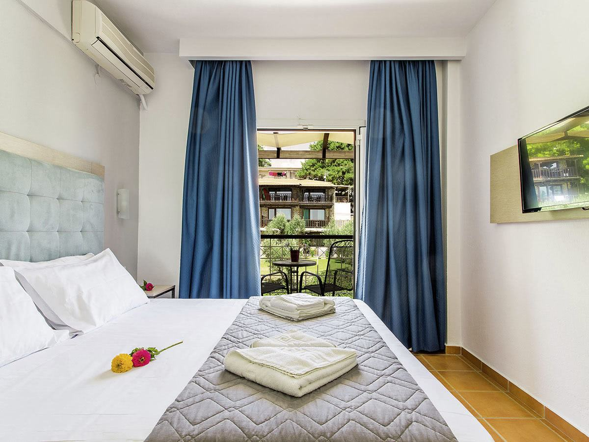 Hotel Coral Blue 4