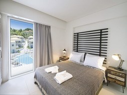 Hotel Crystal Waters Sapphire 2