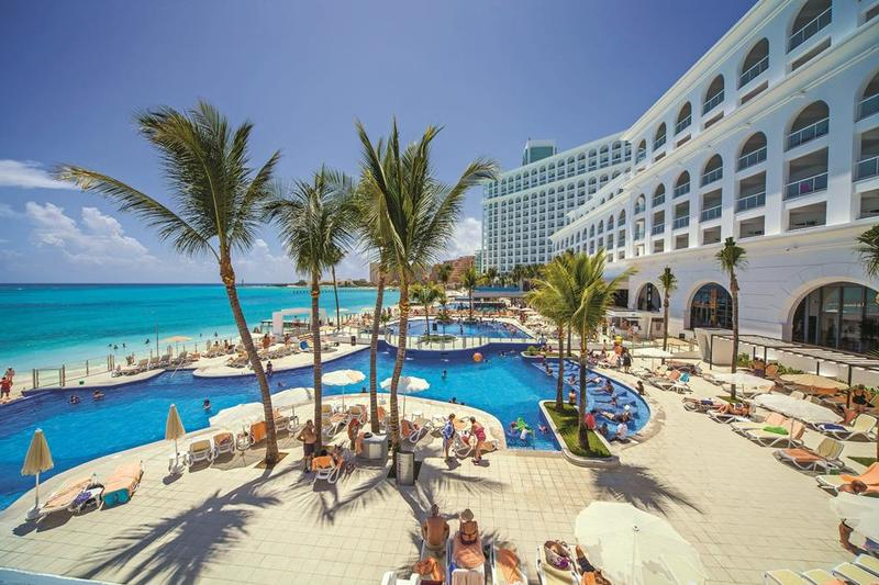 Hotel Riu Cancun 1
